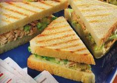 Sandwich con insalata di tonno - La ricetta di Buonissimo