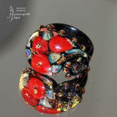 Планета красных цветов. Стекло ручной работы от Веры Викторовой. Planet Reds. Handmade glass by Vera Viktorova