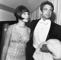 Brother and sister attend a movie premiere (1966) Shirley MacLaine and Warren Beatty