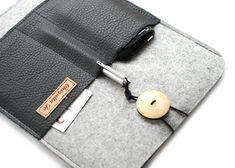 Hülle für das IPAD Filz&Leder mit 3 Fächern! von Chiquita Jo ♥ Handgemacht und Individualisierbar! auf DaWanda.com