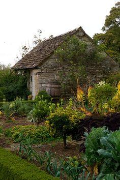 Kitchen Gardens & Vegetable Patches - English Gardens - Design &…