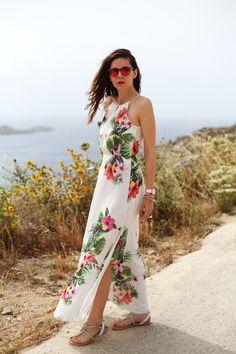 #fashion #fashionista @Irene Colzi vestito lungo bianco con fiori occhiali spektre look casual (7)