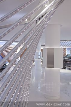 BMW Brand Store in Paris Showroom 05