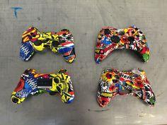 manettes ps3 et xbox 360 motif cartoon bombing et stickerbomb - Manette Ps3 Color