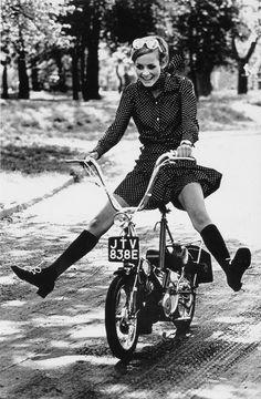 画像 : 【ミニスカートの女王】ツィッギーがかわいい♡【60年代】 - NAVER まとめ