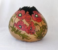 Absolutely stunning gourd bowl with a poppy design.