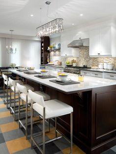 Classic White Marble Countertop : Designers' Portfolio : HGTV - Home & Garden Television#/id-10939/room-kitchens#/id-10887/room-kitchens#/id...