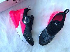 Swarovski Nike Womens Girls Air 270 mit Swarovski-Kristallen Bling Nike Schuhe Teal angepasst – Princenanaagyemang – Join the world of pin Cute Womens Shoes, Womens Shoes Wedges, Casual Sneakers, Shoes Sneakers, Women's Shoes, Shoes Style, Platform Shoes, Jordans Sneakers, Clarks