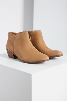 60846a787 low ankle boot Sam Edelman Petty Boots