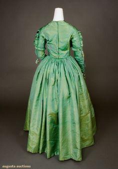 the green dress 5