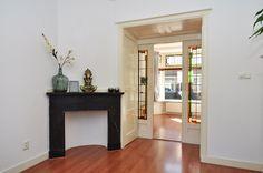 Jaren30woningen.nl | Kenmerken voor een #jaren30 woning: kamer en suite en een marmeren hoekschouw