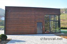 Mizarstvo Hrovat - Wooden facade - Lesena fasada Nova vas http://www.hrovat.net/izdelki/lesene-fasade/lesena-fasada-matke/