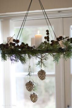 In this DIY tutorial, we will show you how to make Christmas decorations for your home. Woodland Christmas, Scandinavian Christmas, Rustic Christmas, Simple Christmas, Beautiful Christmas, Christmas Hacks, Christmas Home, Christmas Wreaths, Christmas Crafts
