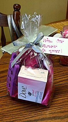 Love the tag! Baby Shower Door Prizes | Baby shower door prize