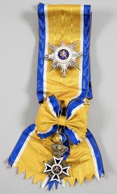 Order of Orange-Nassau - Knight Grand Cross set (Maker «Srijksmont à Utrecht») http://www.ader.auction.fr/_fr/lot/pays-bas-ordre-d-rsquo-orange-nassau-institue-en-1892-ensemble-de-grand-croix-9087689