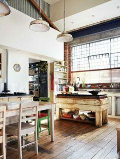 Recreate Nina Proudman's home in Offspring