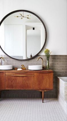Easily make your bathroom look and feel like a spa retreat with these key design principles and budget friendly ideas Boho Bathroom, Bathroom Styling, Bathroom Ideas, Bathroom Organization, Bathroom Storage, Bathroom Carpet, Bathroom Vanities, Bathroom Designs, Bathrooms Decor