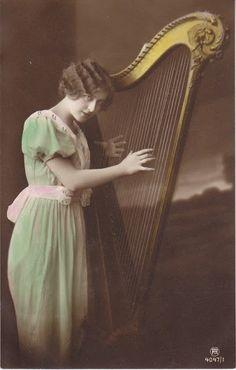 Vintage Rose Album: Female