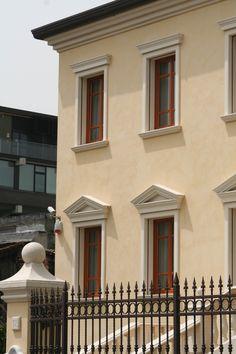 per gronda, decorazioni finestre, profili decorativi per finestre ...