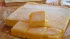 Pofonegyszerű finomság, és csak néhány perc munka van vele. Sweet Life, Cornbread, Biscuits, Pineapple, Cheesecake, Food And Drink, Sweets, Baking, Fruit