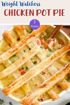 This lovely Chicken Pot Pie is 7 SmartPoints per HUGE portion on Weight Watchers Blue Ww Recipes, Chicken Recipes, Cooking Recipes, Ww Chicken Pot Pie Recipe, Kraft Recipes, Healthy Recipes, Cooking Ideas, Healthy Cooking, Weight Watcher Dinners