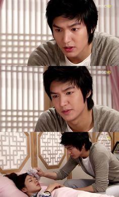Jin Ho cuida de Gae In, luego que ella colapsa al ver el cuarto secreto de Sang go jae y la foto de su madre. Ella tiene un recuerdo con ella que la hace caer en cama con mucha fiebre - Personal Taste Episodio 13