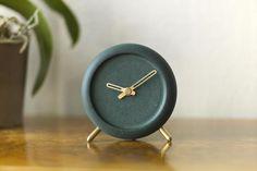 挪威設計師為B&O設計的音響,綠色和黃銅搭配超時髦 - 每日頭條