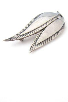 Just Andersen twin leaf brooch