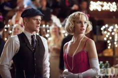 """""""Do Not Go Gentle""""-- Pictured (L-R): Zach Roerig as Matt and Candice Accola as Caroline in THE VAMPIRE DIARIES on The CW. Photo: Bob Mahoney/The CW ©2012 The CW Network. All Rights Reserved."""