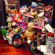 Chris Brown congratulations on the toy drive being a HUGE success! via CuriousBreezy