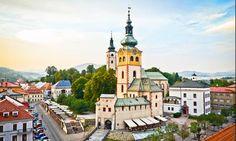 Banská Bystrica (in tedesco Neusohl, in ungherese Besztercebánya, in latino Neosolium) è una città della Slovacchia centrale, situata sulle rive del fiume Hron ai piedi della catena dei Bassi Tatra...