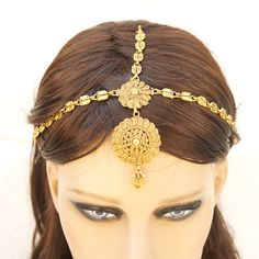 Duel On Jewel Indian Pakistani Ethnic Bollywood Gold Plated Round Matha Patti Bridal Head Jewelry Nizam Jewellery, Mughal Jewelry, Diy Jewellery, Indian Jewellery Design, Indian Jewelry, Jewelry Design, Bollywood Dress, Bollywood Jewelry, Bollywood Party