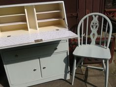 Bureau upcucled by tj's hearts and crafts Granny Chic, Something Old, Recycled Furniture, Shabby Chic Furniture, Bespoke, Upcycle, Restoration, Recycling, Hearts