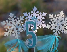 Snowflake Centerpiece for Frozen Party / Frozen Birthday Table Decoration on Etsy, $15.00