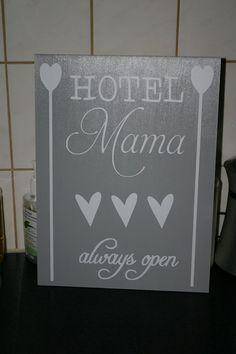 my own made sign plates/ mijn gemaakte tekstborden