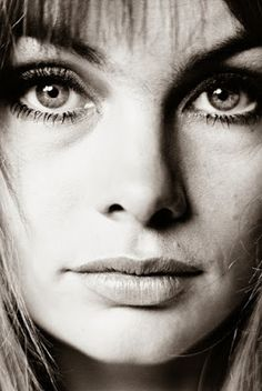 Dr Robert Muller - Psychedelic Hippie Fashion: David Bailey's Love for Jean Shrimpton Created the 1960s Look