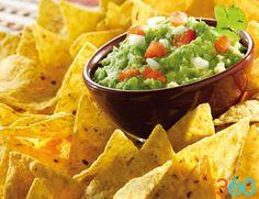 ¡Santo Guamacole! ¿A quién no le apetece este delicioso dip a base de aguacate con unas crujientes tortillas de maíz? o/