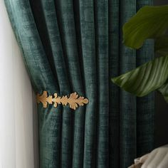 Voila Voile: Embrace the trend for soft lustrous velvet with these made to measure premium green velvet curtains in your Free swatches, free tiebacks, shop online and save! Velvet Curtains Bedroom, Blue Velvet Curtains, Pinch Pleat Curtains, Floral Curtains, Living Room Green, Bedroom Green, Blue And Green Curtains, Curtain Designs, Decorating Rooms