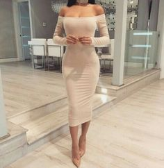 Image shared by RakaE. Find images and videos about fashion, dress and outfit on We Heart It - the app to get lost in what you love. Tight Dresses, Sexy Dresses, Cute Dresses, Fashion Dresses, Prom Dresses, Classy Outfits, Sexy Outfits, Chic Outfits, The Dress