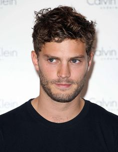 """According to the American site """"Just Jared"""", Universal Pictures studios have already approached certain actors to replace Charlie Hunnam. And Jamie Dornan, Irish actor from the series """"Once Upon a Time"""" and """"The Fall"""", would be part of the list. Sylvester Stallone, Charlie Hunnam, Jamie Dornan, Once Upon A Time, Le Rosey, Universal Pictures, Beauty Industry, Fifty Shades Of Grey, Pimples"""