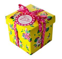 For Me, Formidable ! Lush, All Things, Decorative Boxes, 2013, Fashion, Presents, Fresh Fruits And Vegetables, Wine Gift Sets, Bath Bomb