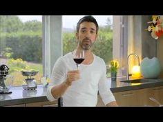 Episódio 57 Lima 5:5 Peito de frango (com Lima e gengibre) - YouTube Special Recipes, Food Specials, Brunch, Cooking, Lima, Youtube, Portugal, Brisket, Yummy Recipes