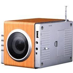 August MB300 Radio-réveil / Cube lecteur MP3 avec Radio FM, lecteur de carte, port USB et entrée AUX prise 3,5 mm, 2 haut-parleurs Hi-Fi 3W…