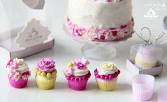 Cupcakes ♡ ♡ by KiczkoHandmade
