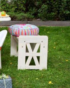 Varax Julia Istuin Ilman Nojaa- Varax Julia Ljugarbänk - Varax Julia Bench Outdoor Furniture, Outdoor Decor, Ottoman, Stool, Bench, Home Decor, Decoration Home, Room Decor, Home Interior Design