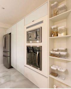 Detalhes.... By @moniserosaarquitetura  @juliaribeirofotografia #arquitetura #kitchen #cozinha #cuisine #decor #allwhite #decoração #style #homestyle #projeto #produção #detalhes #details #home #designdecor #instadesign #interiordesign #design #bymoniserosa #moniserosaarquitetura