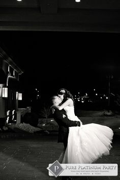 Awesome wedding photo by pure platinum