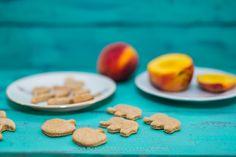 Biscuiti din faina de spelta cu piersici