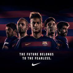"""""""The Future belongs to the fearless.  El futur és per als valents.  El futuro es para los valientes."""""""
