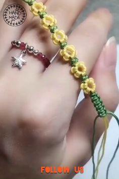 Diy Bracelet Designs, Diy Bracelets Patterns, Handmade Bracelets, Easy Homemade Bracelets, Diy Bracelets Video, Diy Crafts Jewelry, Bracelet Crafts, Ankle Bracelets, Foot Bracelet